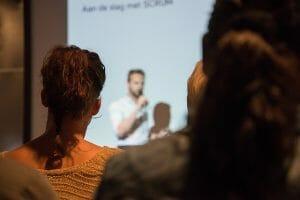 public-speaking-introvert-strengths